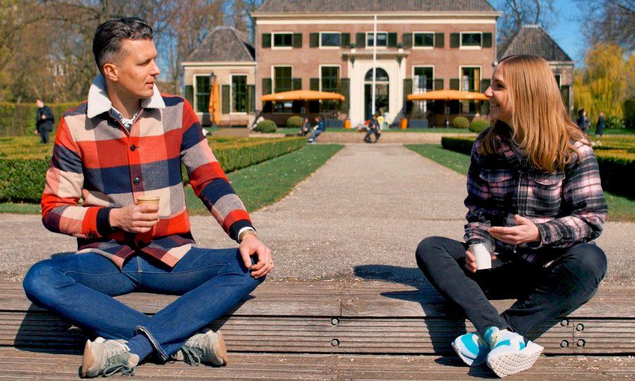 Joyce speaks while sitting in het Park in Rotterdam